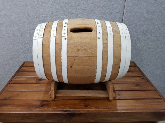 Wine barrel wishing well hire
